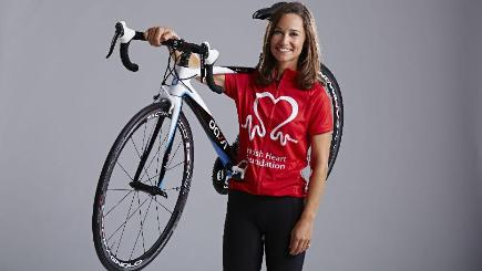 Pippa Middleton with the signed Dassi Aero 6.2 road bike on which she recently rode 500 miles across the US (British Heart Foundation/PA)