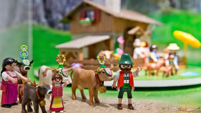 Popular Christmas Toys : Most famous children s toys of all time clubit tv