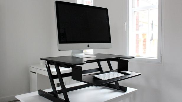 Standing desk