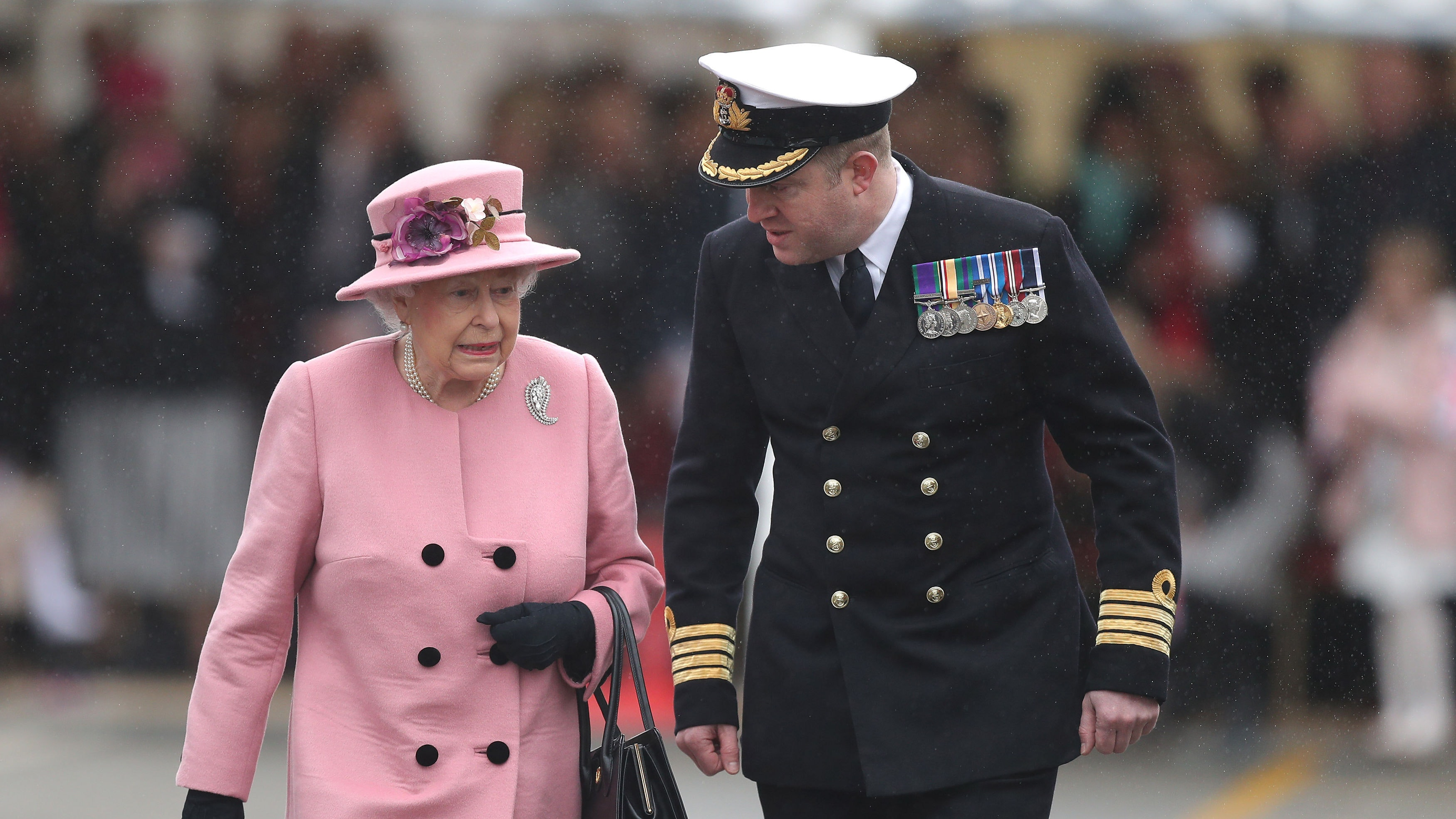 The Queen pays tribute to HMS Ocean at decommissioning ceremony