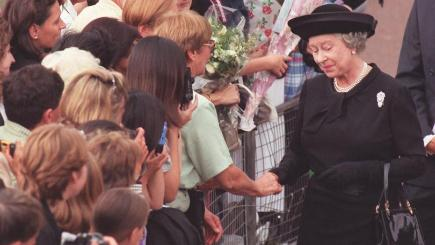 Beacon to be lit in Sidmouth to mark Queen's 90th birthday