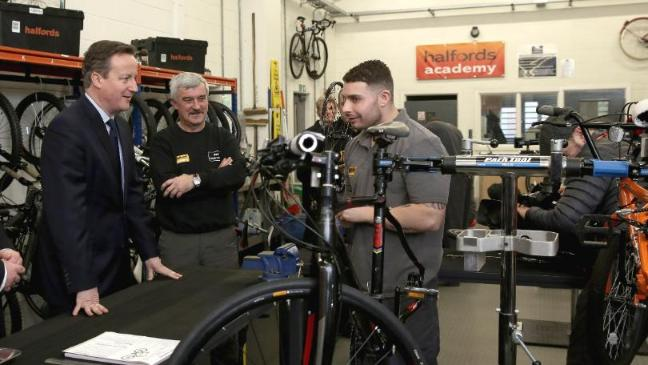 Retail Giant Halfords Launches Cycle Mechanic Training Facility At - Relay Switch Halfords