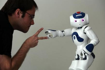 robots to play games with