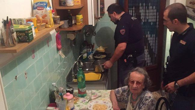Rome police cook dinner for the couple at their home