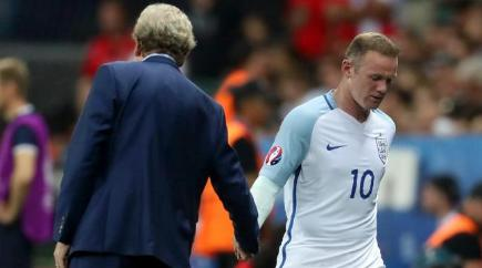 Rooney: Players never lost faith in Hodgson