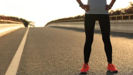 Runner? Got hip pain? Here's how to deal with it according to a physiotherapist