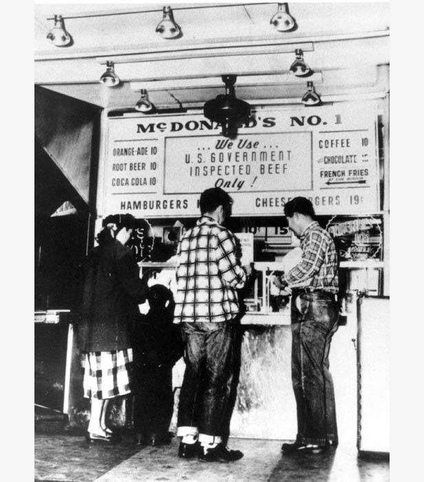 Customers at the McDonald brothers' original restaurant in San Bernardino, California, in 1948.