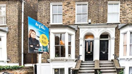 Sarah Beeny reveals the secrets of estates agents