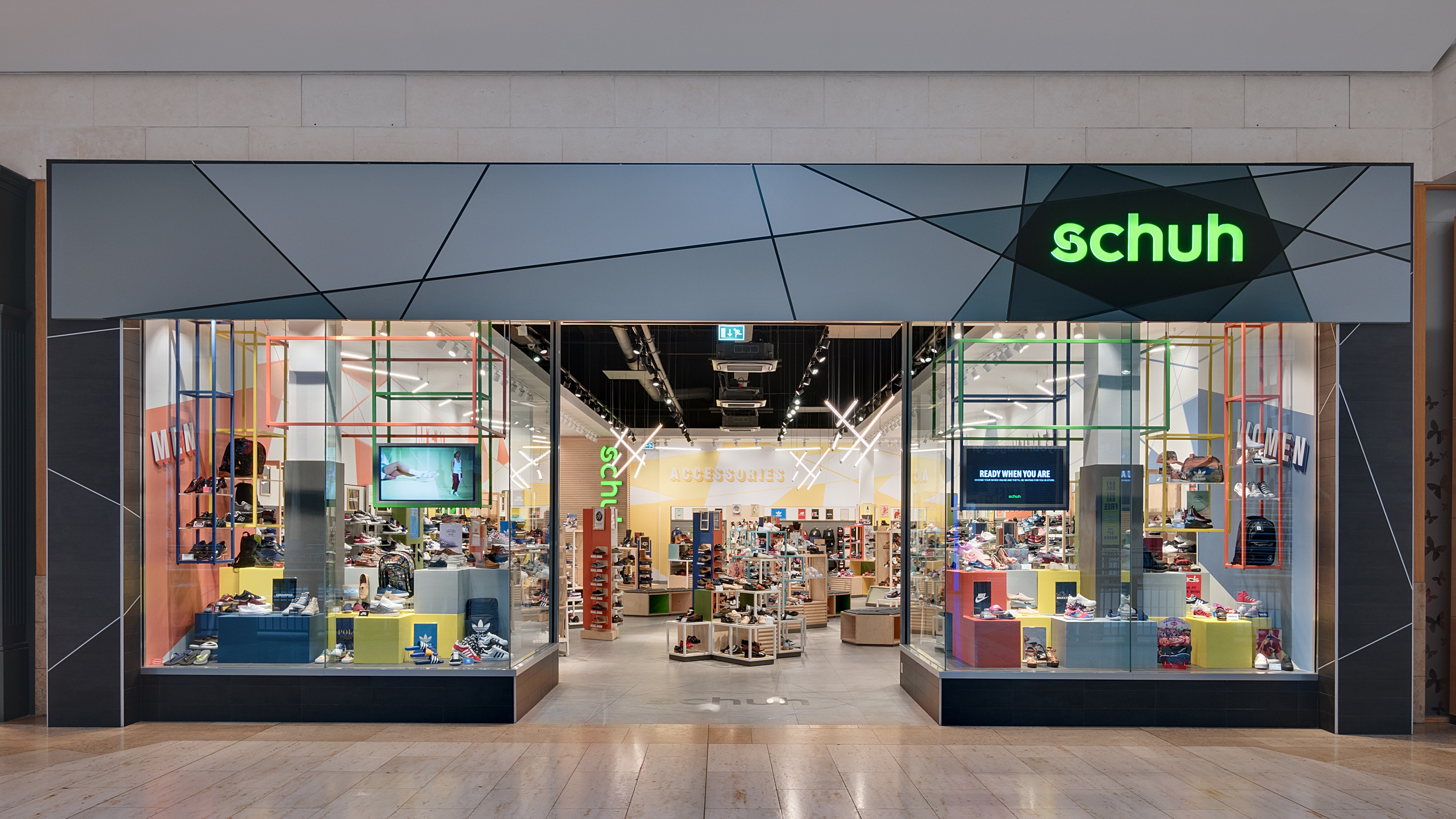 15882271d1df12 The chief executive of footwear retailer Schuh has dismissed the prospect of  the company being sold off