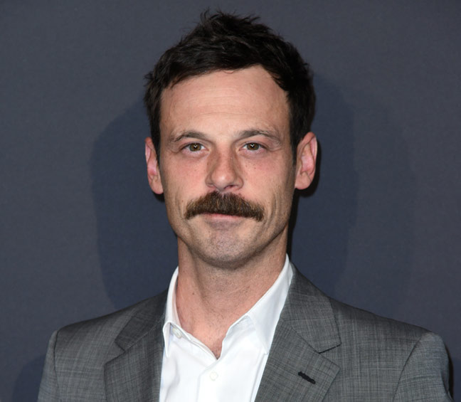 Scoot McNairy - Gordon Clark