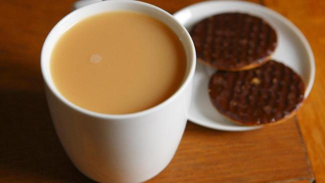 7 reasons to have a cup of tea bt