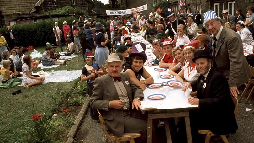 The way we were street parties of the silver jubilee for Wallpaper home farm emmerdale
