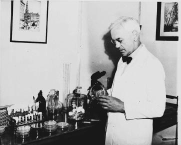 Sir Alexander Fleming inventor of Penicillin in lab