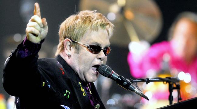 Απίστευτος Elton John στο Kingsman