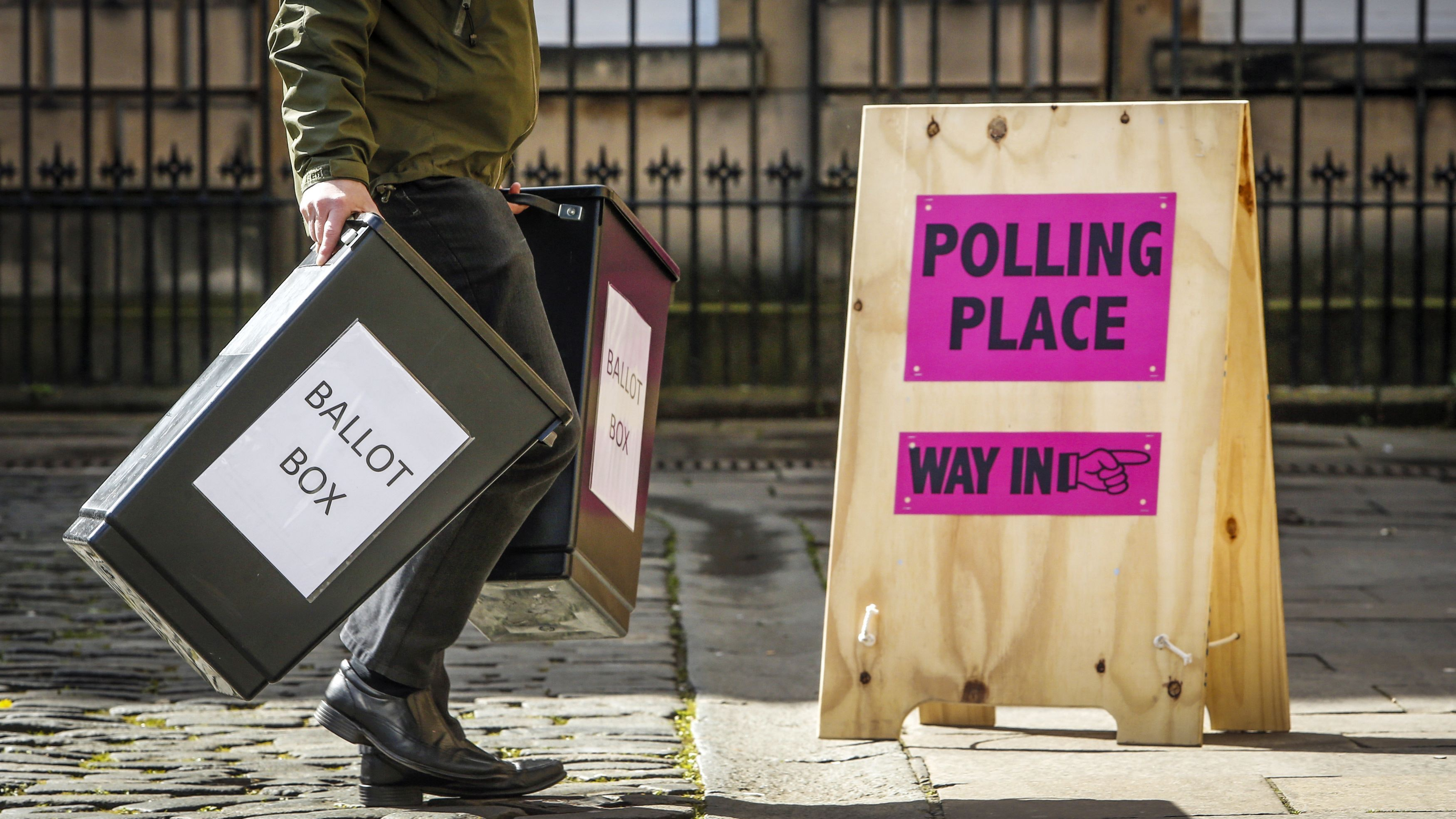 Wales to lower voting age to sixteen
