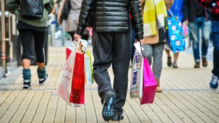 Sales slow as shoppers tighten their belts