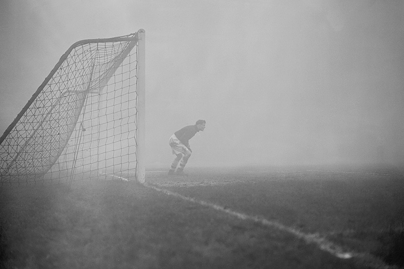 Smog during Arsenal football match in 1954