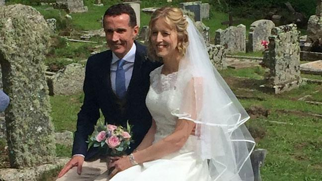 Something Very Old Bride Wears 200 Year Family Veil On Wedding Day