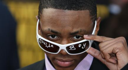 Soulja Boy charged with felony possession of an assault rifle