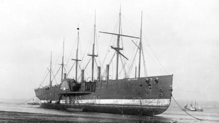 Black and white photo of big old-fashioned sailing ship