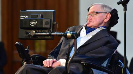 Stephen Hawking: We must start seeking to colonise other planets