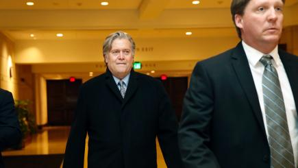 Bannon Is Subpoenaed in Mueller's Russia Investigation