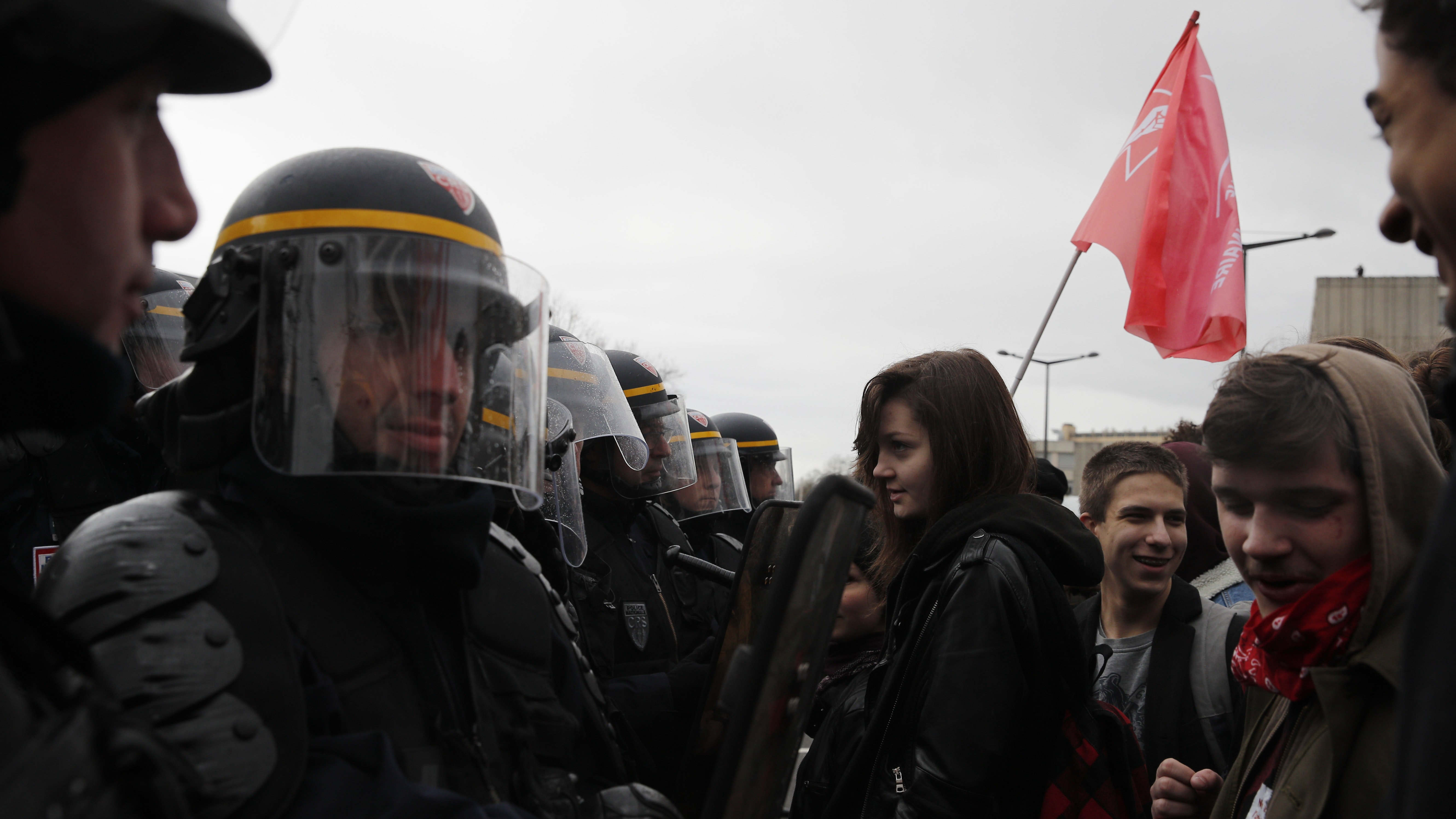 students and medics face riot police amid protests against france reforms bt. Black Bedroom Furniture Sets. Home Design Ideas