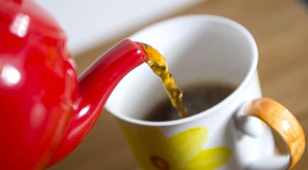 Tea gone cold? Have no fear, this nifty new mug can keep your cuppa warm