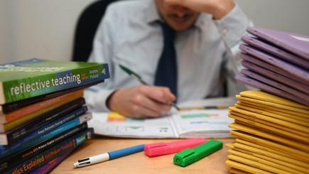 Teachers consider boycott of all compulsory tests for primary school pupils