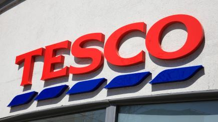 Tesco shareholders compensation scheme opens