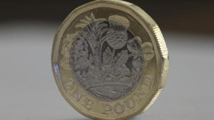 Tesco caught out by new pound coin