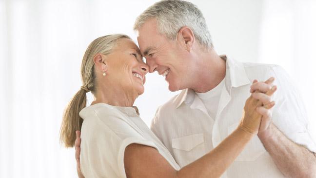7 beneficios para la salud de estar en un matrimonio feliz