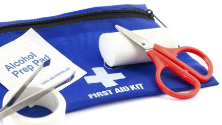 The 8 things you should have in your first aid kit