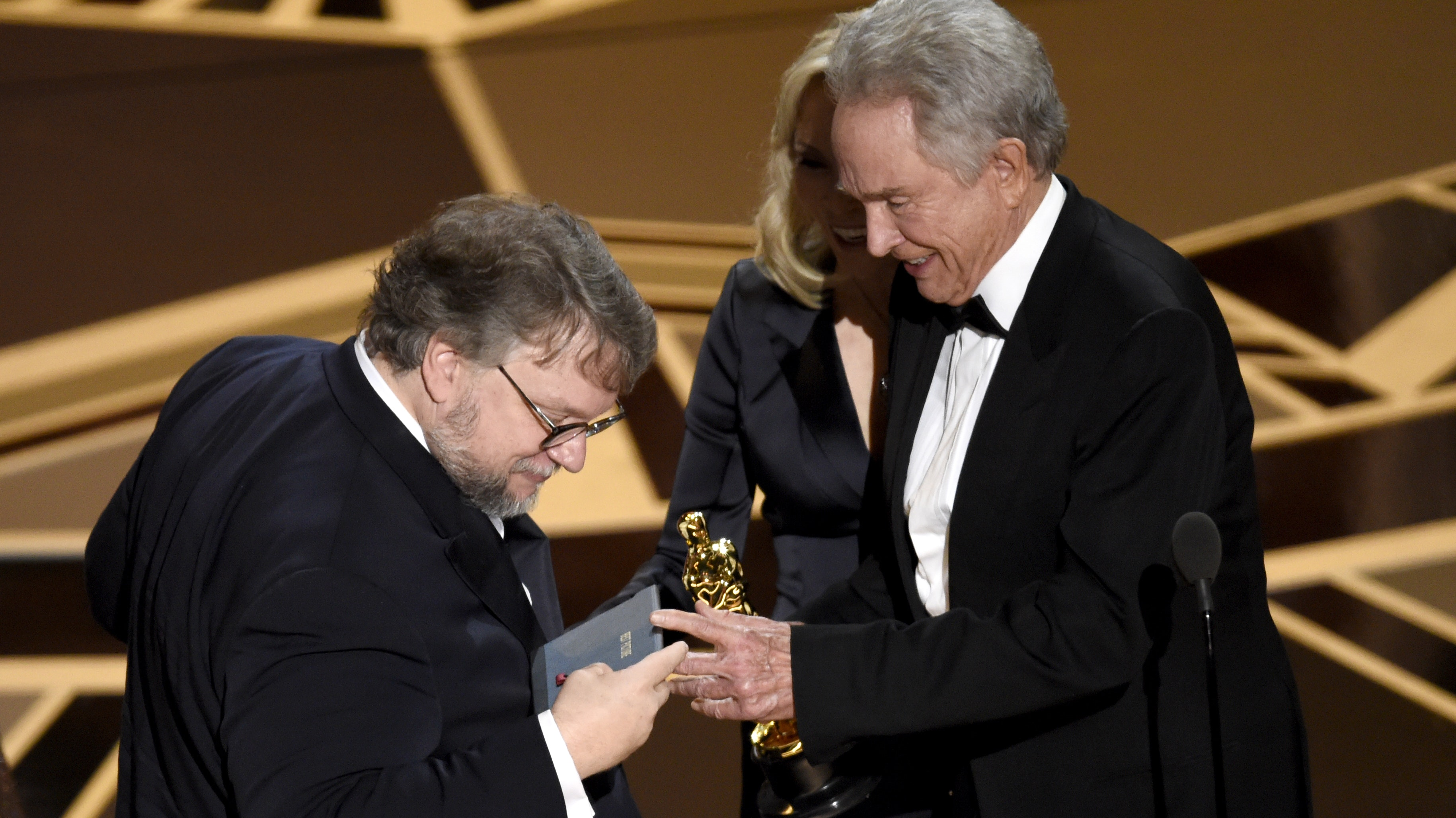 Guillermo del Toro Wins First Oscar, Champions Erasing 'Line in the Sand'