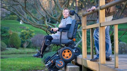 Topchair S The Electric Wheelchair That Climbs Stairs Bt