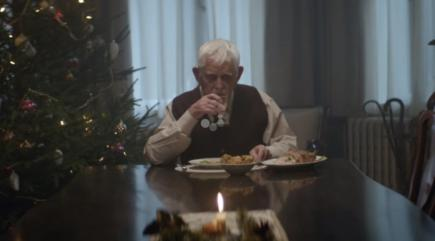 This German Christmas advert is both sad and a bit disturbing