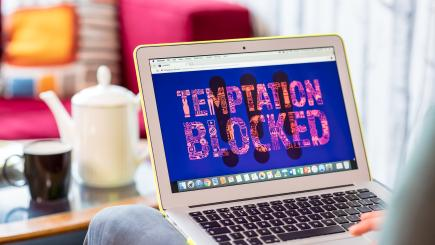 This temptation-blocking web extension can help you keep your new year resolutions