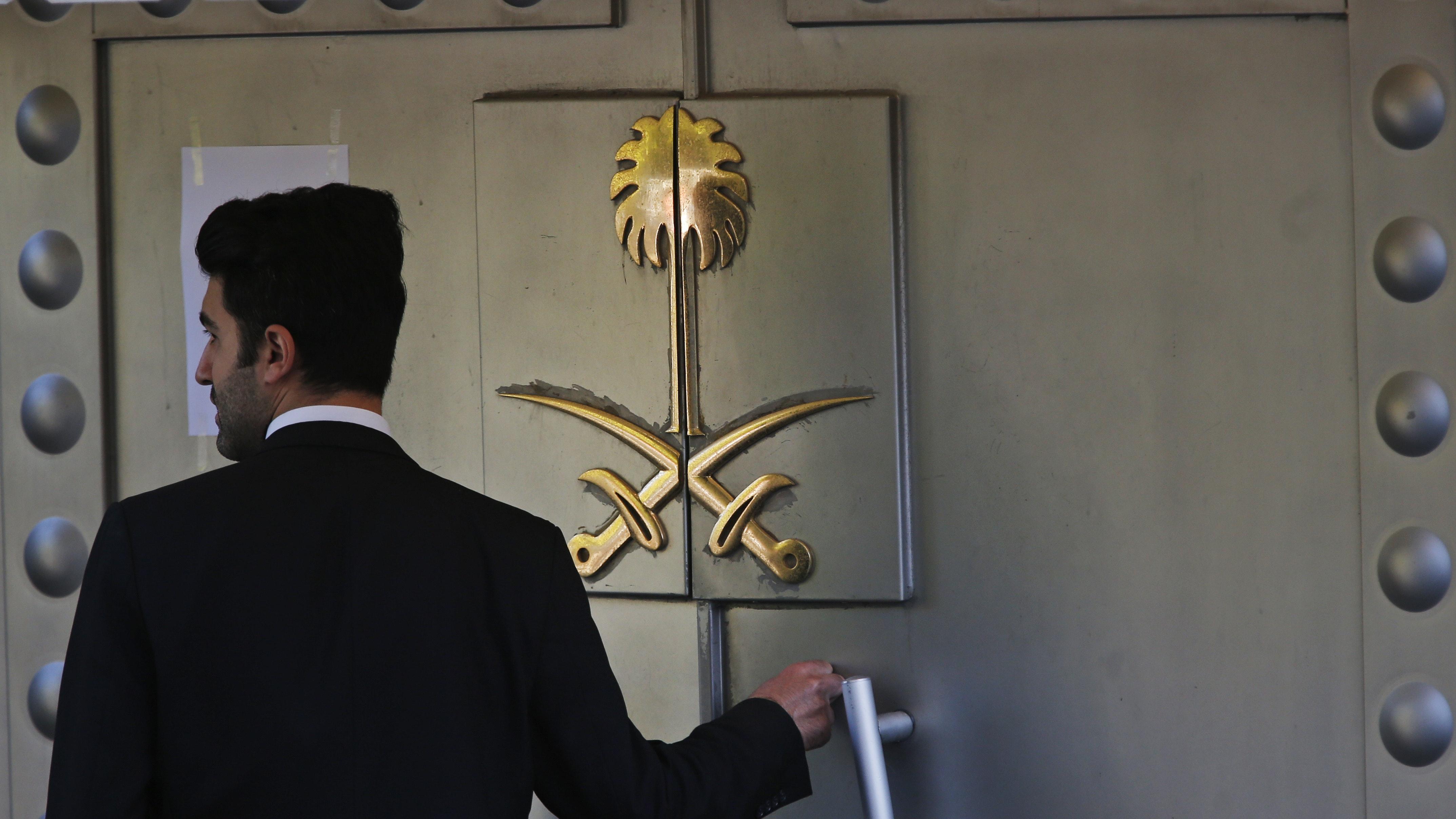 Jamal Khashoggi 'strangled as soon as he entered consulate'