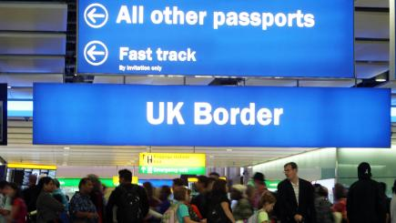 Tories vow to reduce annual net immigration to 'tens of thousands