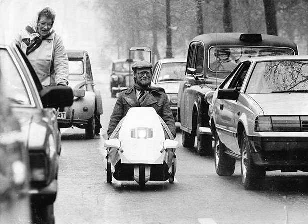 The Sinclair C5 in traffic