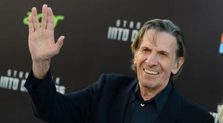 Tributes pour in for Leonard Nimoy after news of his death