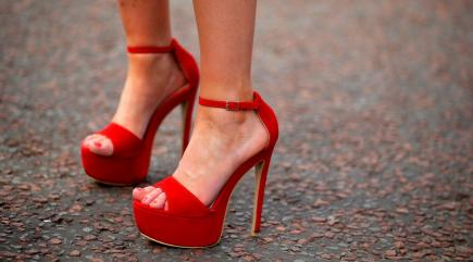 Turns out you can wear high heels painlessly, and this is how