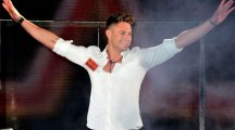 "Twitter is ""buzzing"" for Scotty T as he wins Celebrity Big Brother"