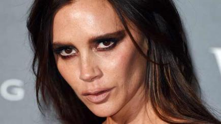 Easy ways to create a smokey eye make up look - BT  Victoria Beckham