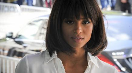 Ciara pays tribute to the late Whitney Houston