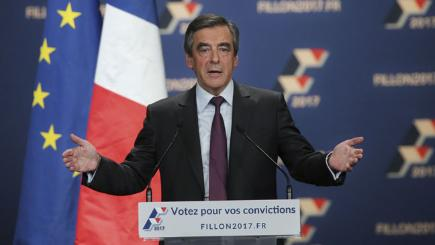 French conservatives vote in first presidential primary