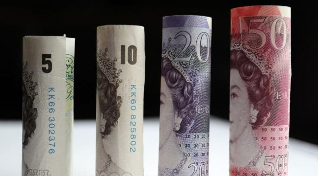 Why Is The London Stock Market Rising If Pound Crashing Down