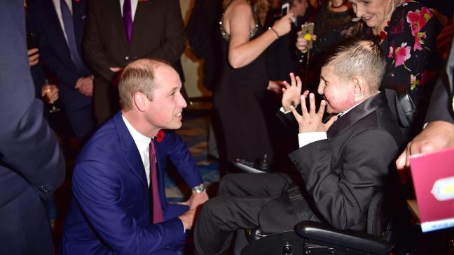 william-meets-pride-of-britain-winners-at-awards-ceremony-136422500387303901-171031063015.jpg