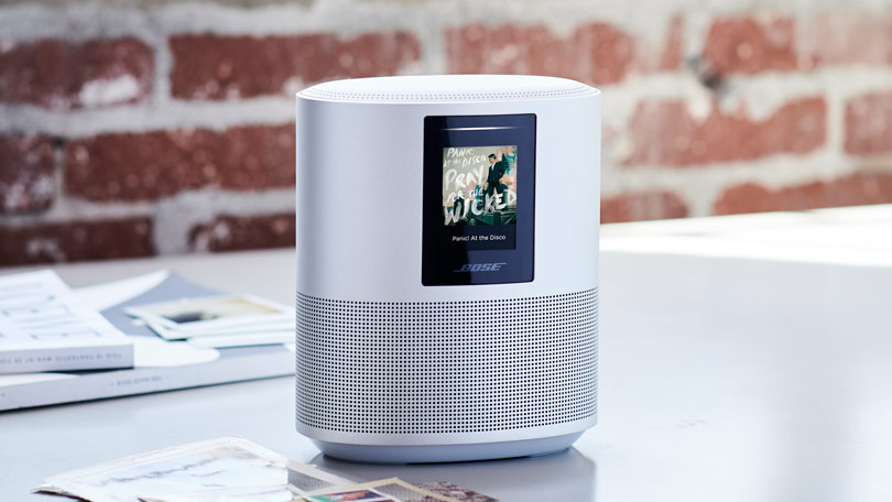AI Cube combining Huawei's intelligent speaker and a 4G router
