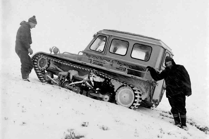 Engineers with Snow Trac emergency snow vehicle unit, Aberdeen. 1965.